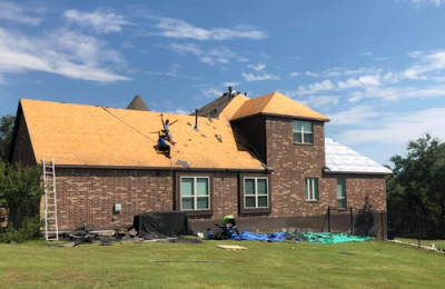 Whether it is repairing, replacing, or installing, our roofing contractors can do it all in San Antonio, TX.