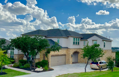 Our roofing contractors can handle any job, big or small, in San Antonio, TX.